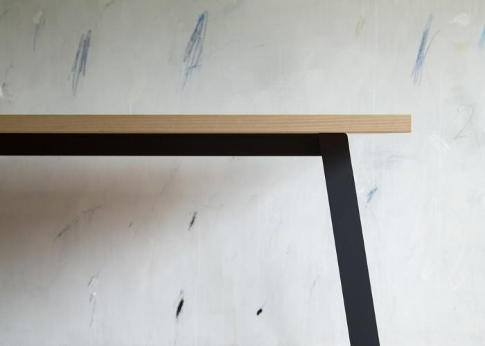 #PR-09_Work Table_02