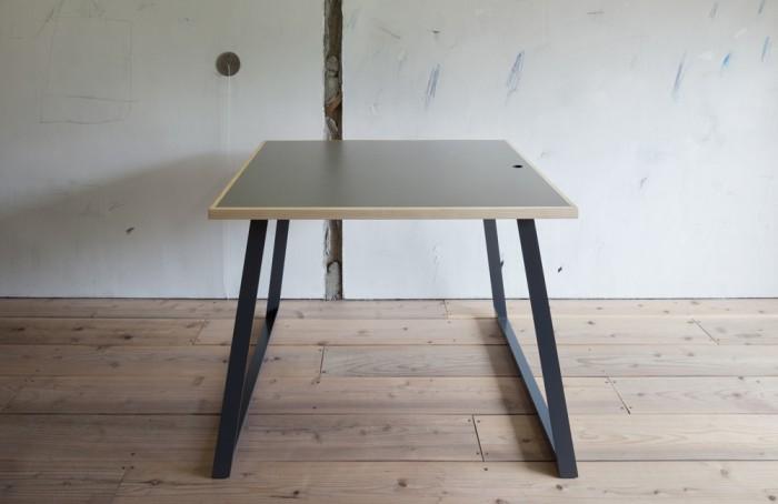 #PR-09_Work Table_07
